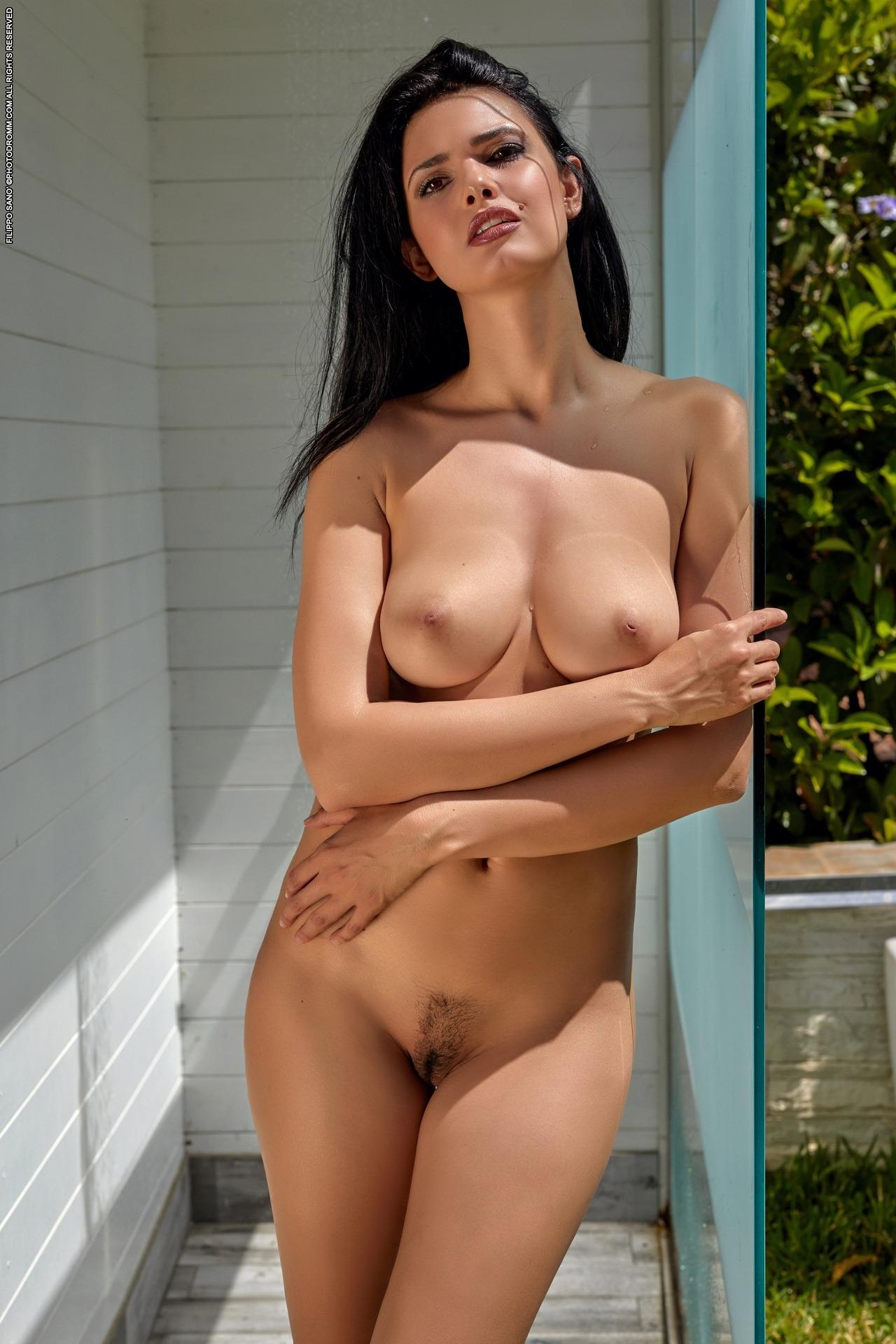 Hd Naked Model