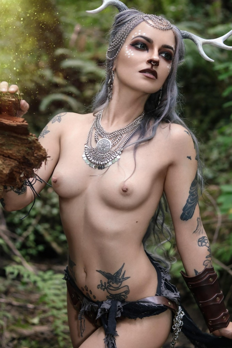 Mage nude