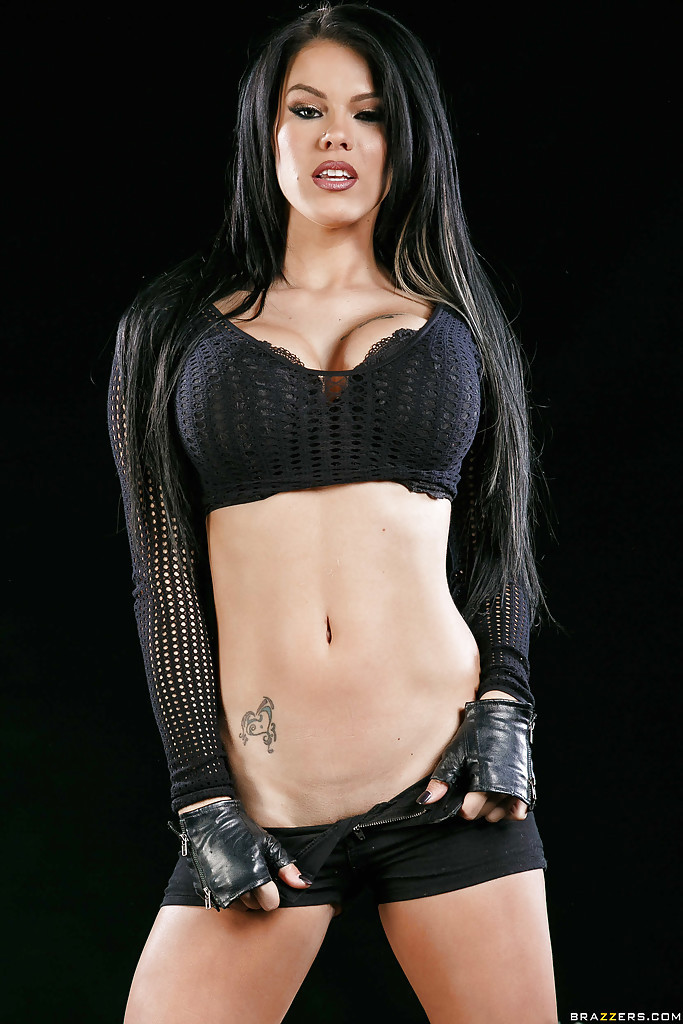Peta Jensen Photo - Erotic Blog - DarkNun