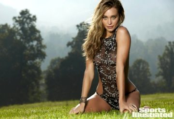 30 pics of sexy Hannah Davis in SI Swimsuit edition 2015