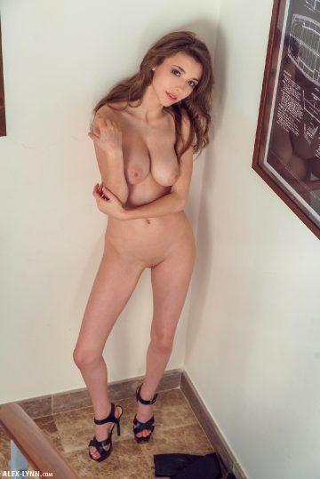 Alex-lynn Mila Azul – Naked On The Stairs