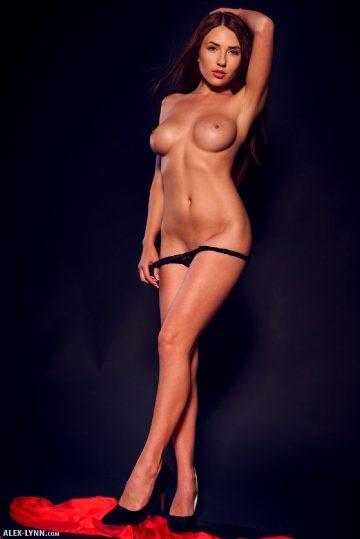 Alex Lynn Niemira Red Black