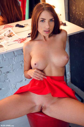 Alex-lynn Niemira – Red Heels
