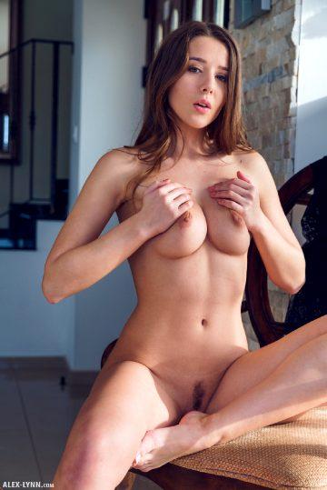 Alex Lynn Sybil Sunny Afternoon