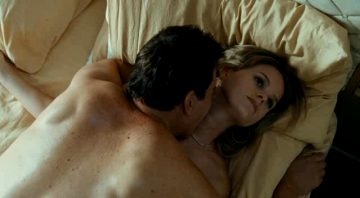 Alice Eve – Crossing Over