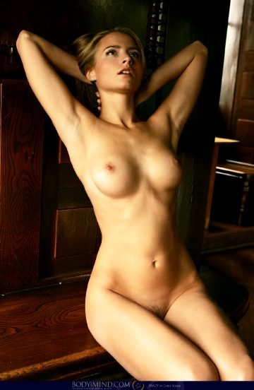 Alluring At Nude Art Pictures