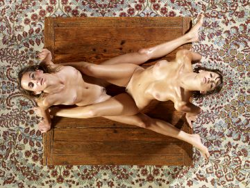 Ama and Flora – Babes on the table