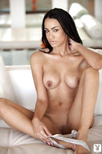Andrea Leilani Legs