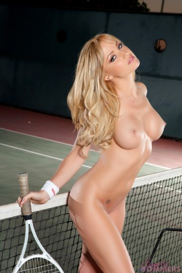 Angela-sommers-titalizing-tennis-babe-hr