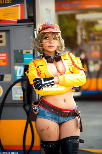 At Hammerhead Waiting For The Prince To Bring Regalia Back. Cindy Aurum From Final Fantasy XV By Nooneenonicos
