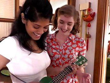 Aussie Lesbos Dulcie & Yuna – Cheap & Cheerful