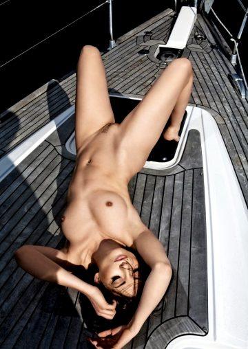 Beautiful Via Nude Art Pictures