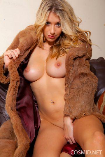 Bexie Outside Fur Babe