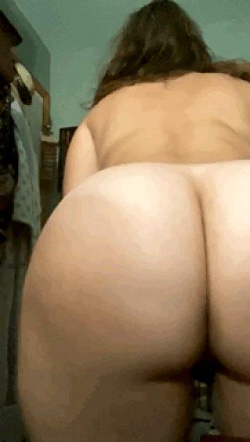 Big butt 3 – spreading ass