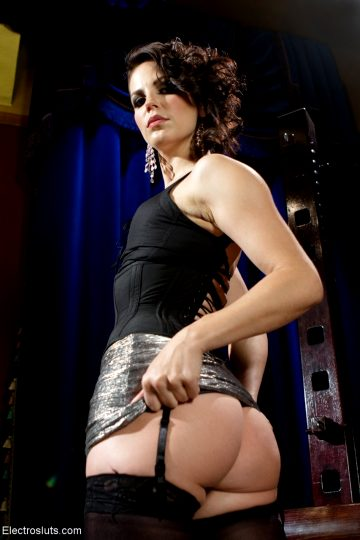 Bobbi Starr Phoenix Marie