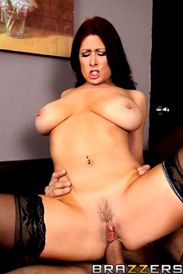 Bring Your Tits To Work – Tiffany Mynx – Big Tits At Work