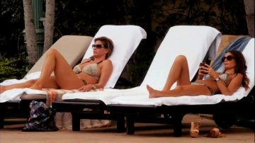 Charisma Carpenter And Gabrielle Anwar In Bikinis From Burn Notice