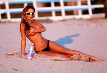 Charlie Riina posing topless, again (44 pics)