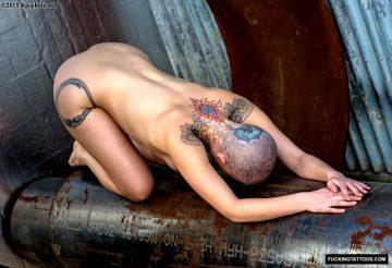 Curvy With Tats