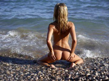 Darina L Beach Life