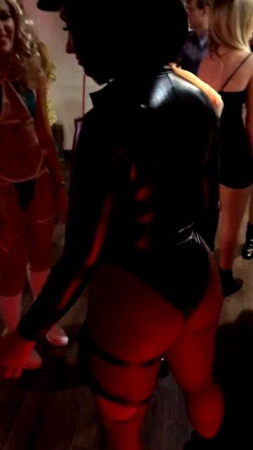 Demi Lovato Twerking In Halloween Costume