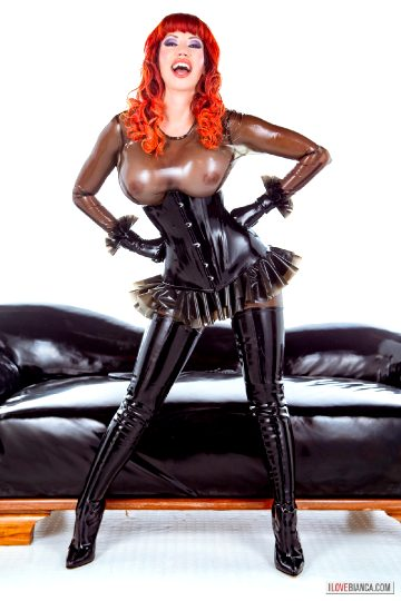 Deviant-coquettery – Bianca Beauchamp 2016