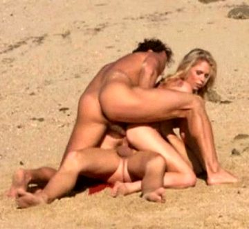 Double penetration at the beach