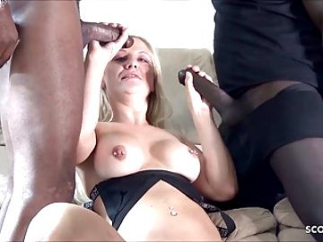Double Vaginal Streach Interracial Fuck for Hot MILF Lucy