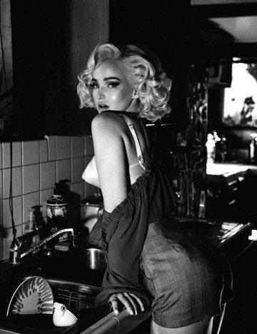 Dove Cameron As Marilyn Monroe