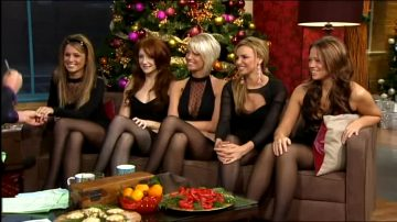 English-Irish Pop Group: Girls Aloud
