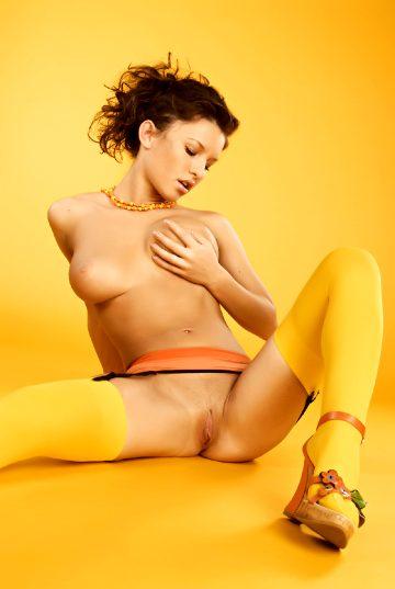 Eroticbeauty Albina Honey