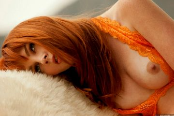 For More Stunningly Gorgeous Women Click