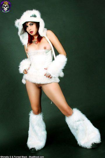 Furry-fantasy-girl-with-amazing