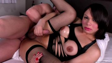 Gabriella Andrade Cums On Herself While Getting Fucked