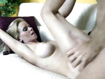 gorgeous wife having a real orgasm with her nw neighbor guy