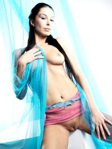 Hana Black Turquoise Tempation