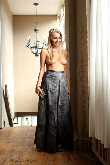 Hayley Marie Coppin Princess Hayley Marie Coppin Is A Topless Princess