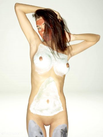 Hegre Art Nicolette Mud Mask