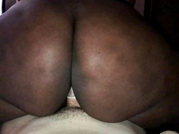 Huge Chocolate Booty takes white dick