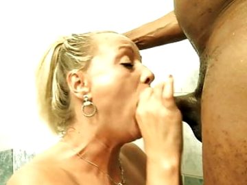 Hungarian MILF with BBC and pissing