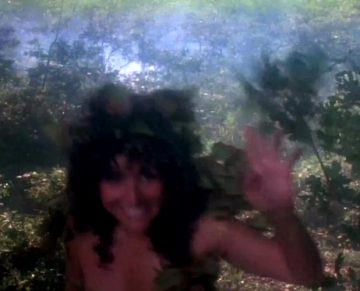 "I Don't Ragret Seeing Julia Louis-Dreyfus Half Naked In ""Troll"""