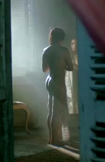 """Jessica Parker Kennedy Fully Nude Plot In """"Black Sails"""""""