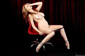 Julia Ann Milf Stripping