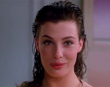 Kelly LeBrock Perfect Plot In 'The Woman In Red'