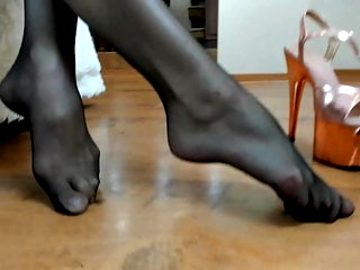 Koshka and her beautiful black tights.