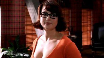 Linda Cardellini As Velma