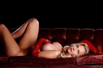 Linde Van De Leest Glamour And Fetish Queen Part 2
