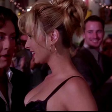 "Lisa Kudrow ""Romy & Michele's High School Reunion"""