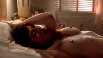 Lizzy Caplan Having Fun-Masters Of Sex