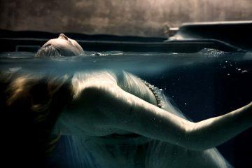 Lookonmyworksanddespair Underwater Portraits By Claudia Legge